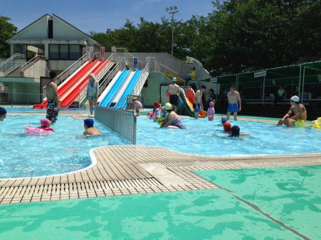伏見港公園の屋外幼児プール